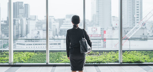 仕事を楽しむことが難しい人は転職も視野に入れる