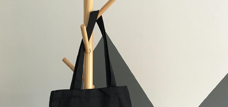 黒いかばんのイメージ
